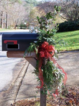 Mailbox decoration 018